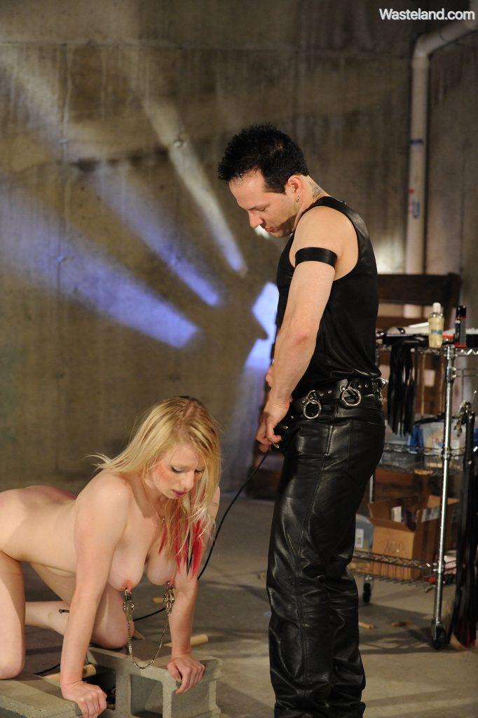 bondage sex fucking machine